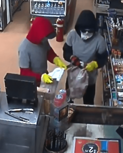 Colour co-ordinated crooks commit Torquay armed robbery